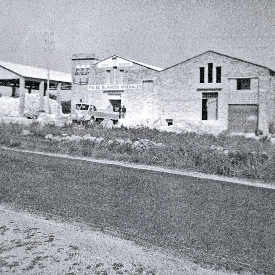 Empresa-Historia-Reverte-Factoria-1958