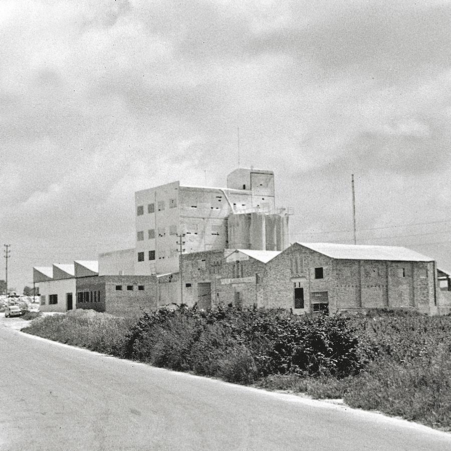 Empresa-Historia-Reverte-Factoria-1965